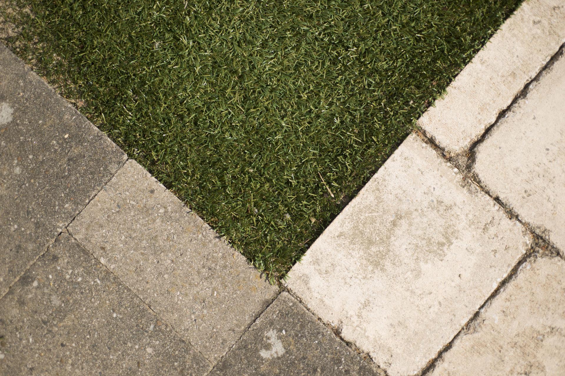 Oprit maakt plaats voor onderhoudsvriendelijke tuin - Alle tuin ...