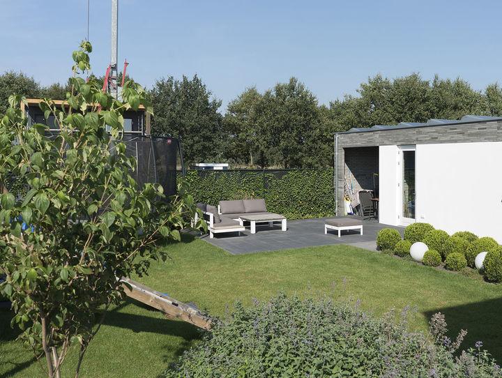 Nieuw Een prachtige tuin die kindvriendelijk is én weinig onderhoud BZ-43